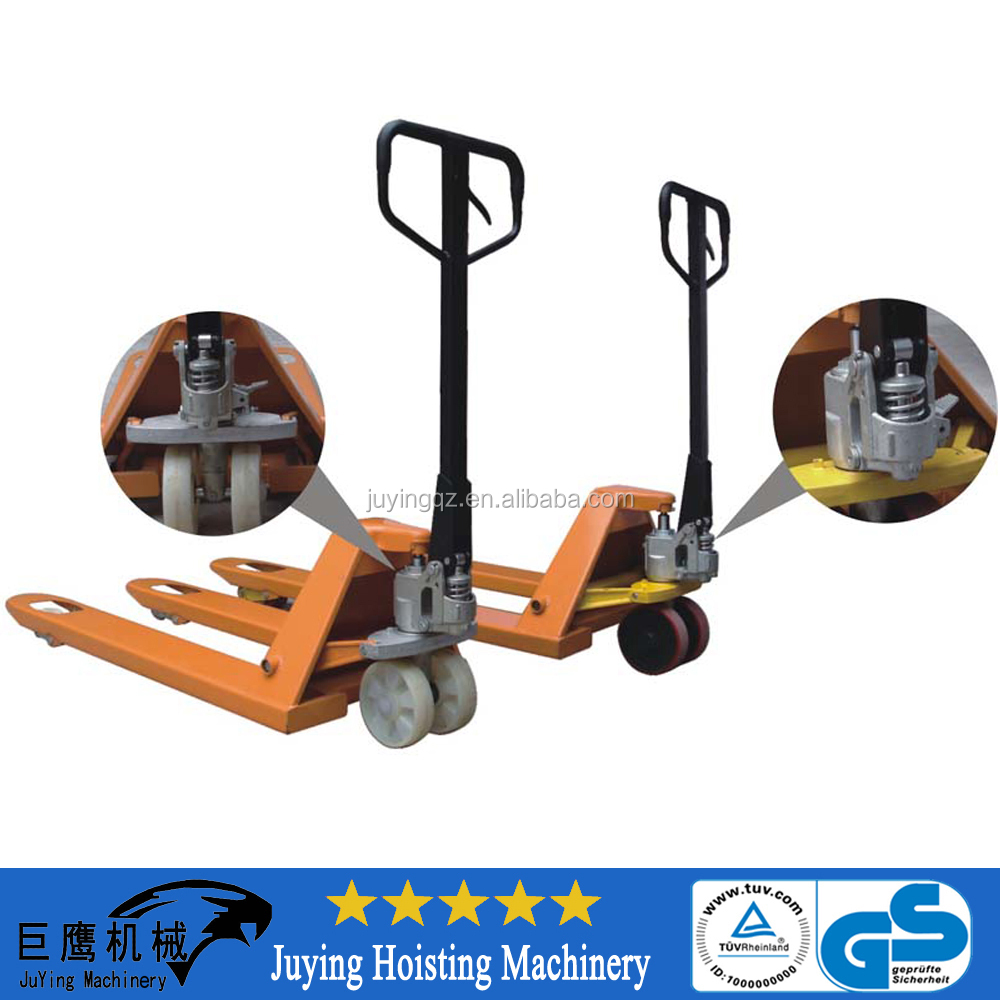cheap 2.5/5 ton CE hydraulic pump hand pallet jack truck rubber wheel