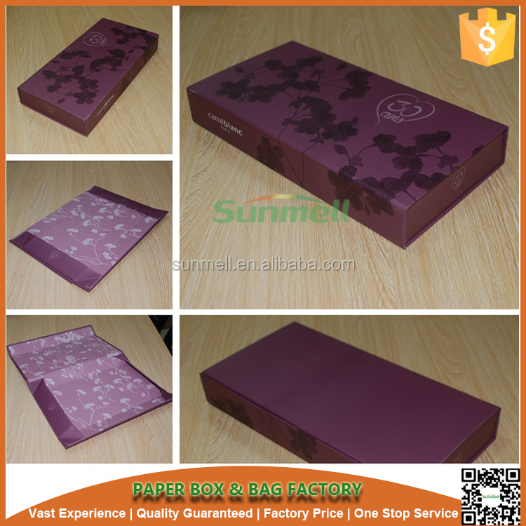 Mysterious purple color magnetic closure foldable paper packaging boxes printing flower