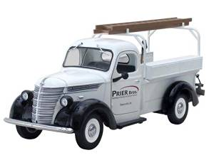 1938 International Prier Brothers D-2 Utility Pickup Truck 1/25 by First Gear 40-0306