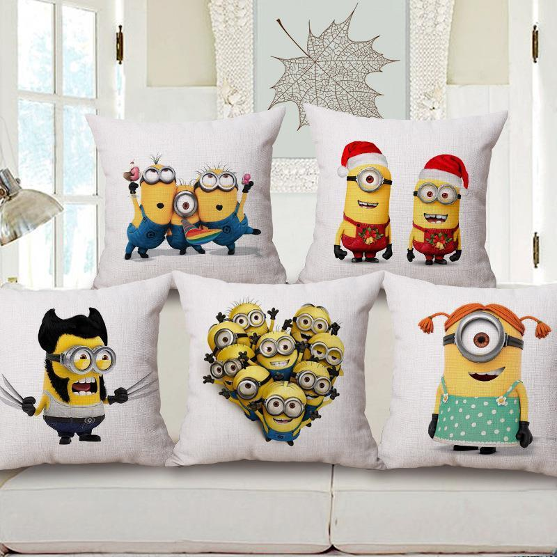 Free Shipping Simple Cartoon Minions Christmas Cotton Linen Fabric Decorative Cushion 45cm Hot Sale New Home Fashion Gift Pillow
