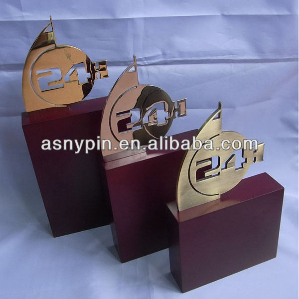 2014 new product gold/silver/bronze metal medal trophy cup for events/sports wholesale