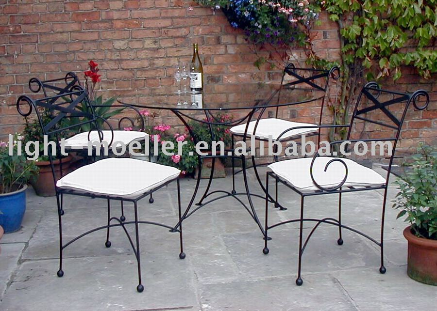 Wrought Iron Garden Table And Chairs - Buy Metal Table And Chairs,Garden  Metal Furnituretable Sets,Metal Iron Chair Product on Alibaba.com