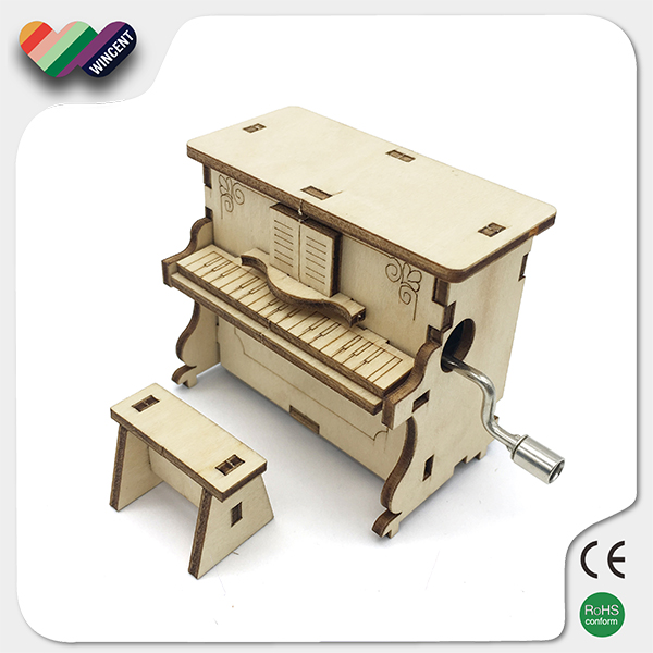 Hand Crank Wooden Wind Up Music Box