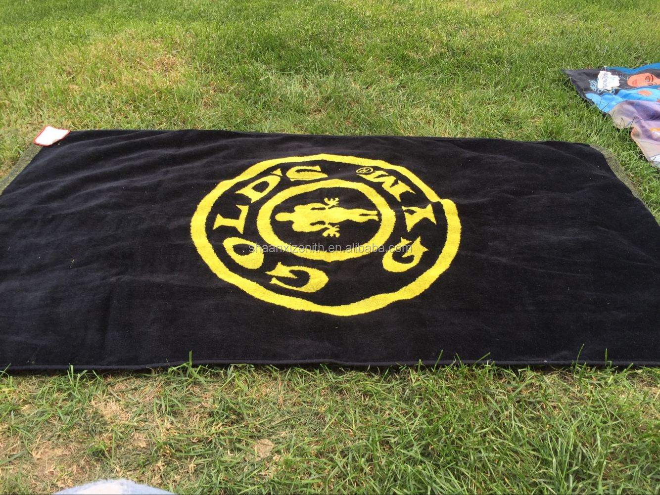 Premium Quality Custom Logo 100 % Cotton Woven Beach Towel Jacquard Sports Towel