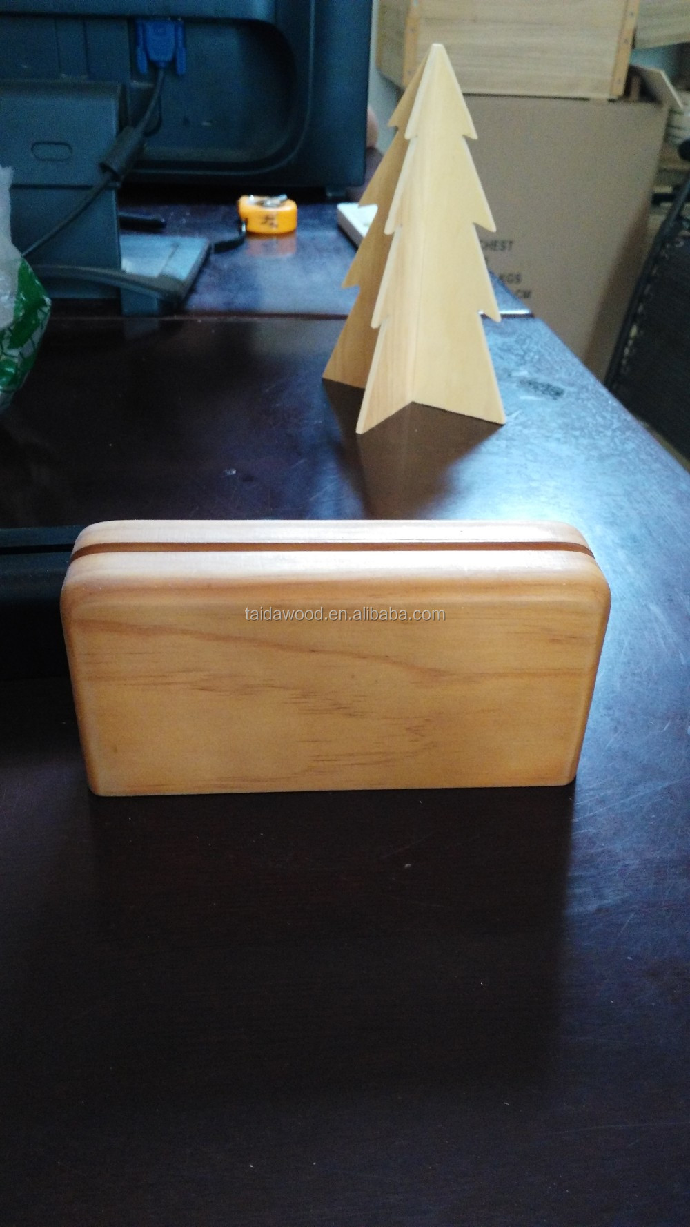 Wood Material menu holder