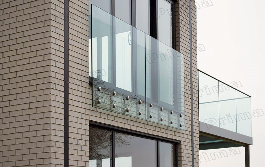 Modern Frameless Glass Balcony Railing Design With Glass Clamp
