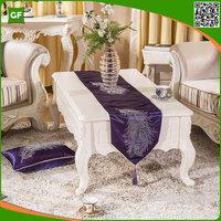 European Modern Luxury Velvet Feather Diamond-ironing Wedding Table Runner High Quality Decorative Table Runner