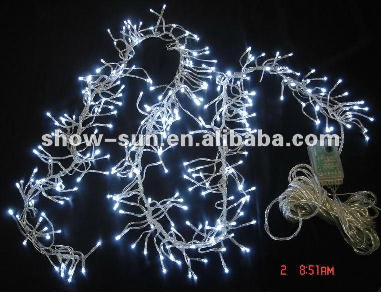 288 Led Cluster White Christmas Lights 1.7m White