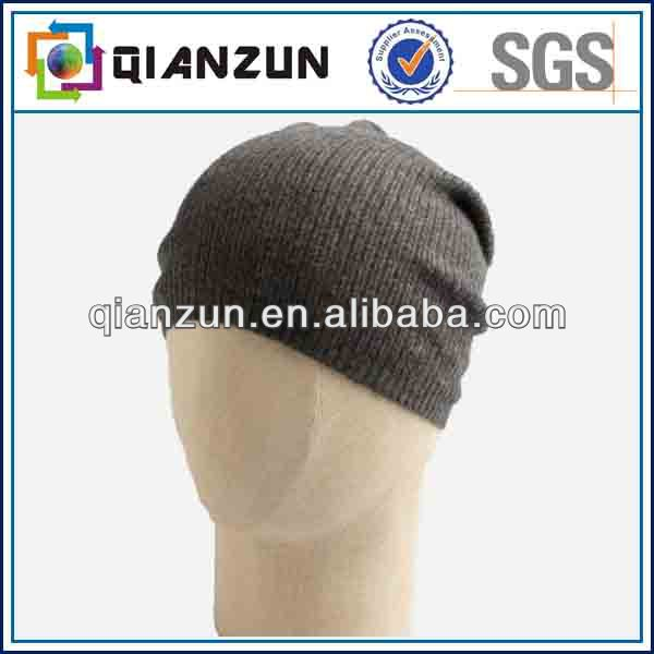 Black Ribbed Knit Gathered Beanie Cap NEW