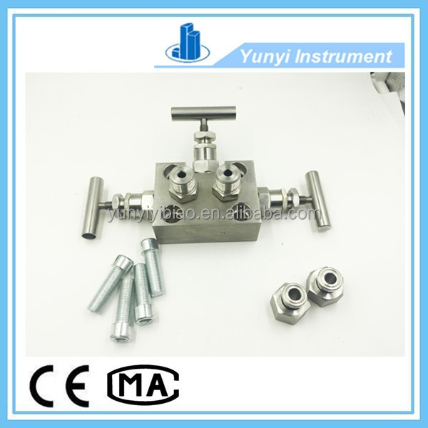 Pressure transmitter special water three way valve manifold
