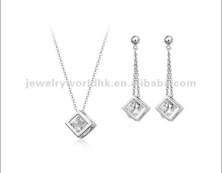 Authentic Austrian clear crystal gold plated simple fashion cube necklace earrings jewelry set