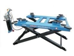 Ponte sollevatore auto idraulico a forbice 2 7t 220v 380v for Ponte sollevatore auto 220v usati