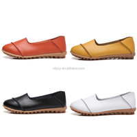 Wholesale Multi Colored Nurse Shoes Women Soft Leather Flat Hospital Shoes