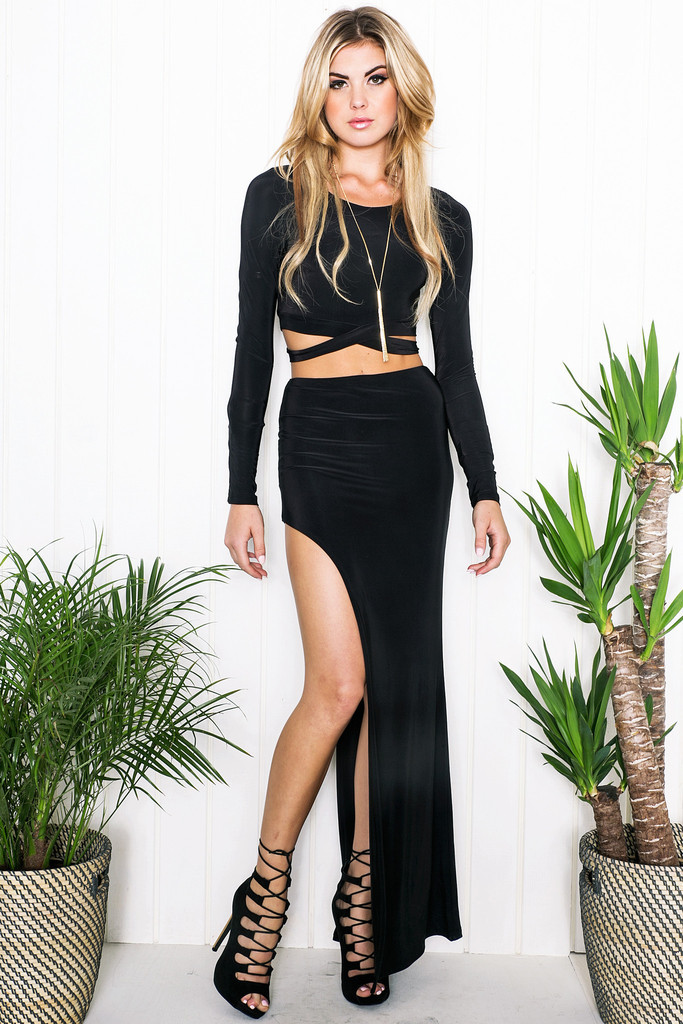 Get Quotations · Two Piece Set Bandage Long Sleeve Crop Top And Skirt Set  Celebrity Sexy Party Clubwear Split 29c5eb110ce4