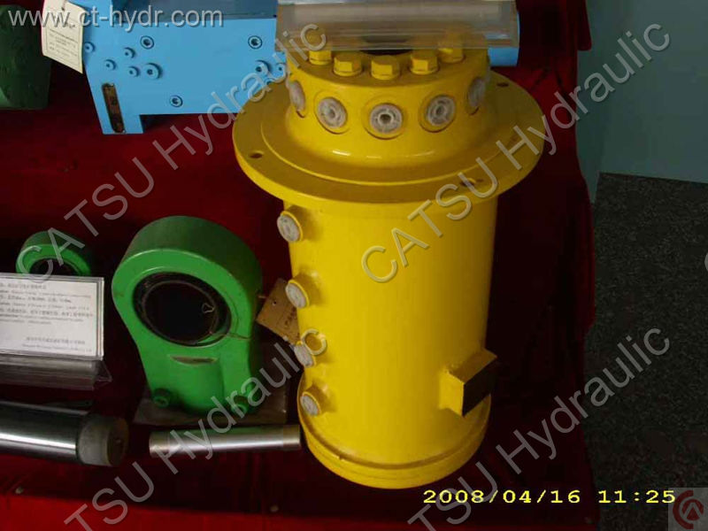 Piston hydraulique d'accumulateur