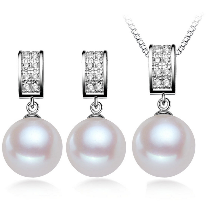 AAA 8-9MM Round pearl with 925silever pearl set (pendants and earring)