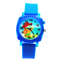 2017 hot sale customize children watch silicone kids quartzcrane sports heart rate monitor sports watch with flashing light