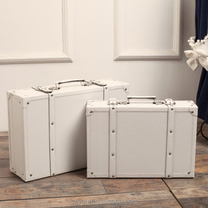 faux leather suitcase 2 pieces set MDF white vintage style luggage in stock ready to ship