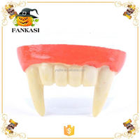 Fashion Popular Halloween Toy Vampire Teeth for Sale