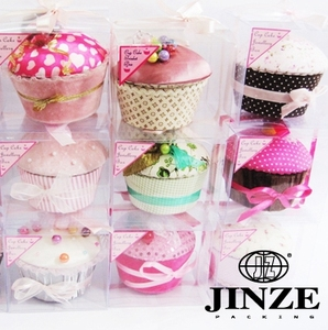 Cupcake shape birthday souvenirs