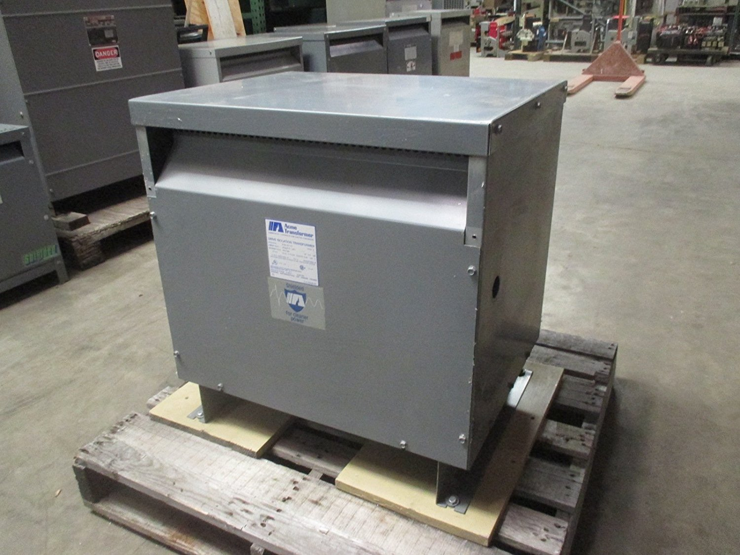 Hubbell Acme Electric DTGB0274S Drive Isolation Transformer, 3 Phase, 60 Hz, 27 kVA, 460 Delta Primary Volts, 460Y/266 Secondary Volts, Steel