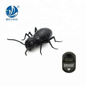 Remote control infrared black plastic ant toy for sale