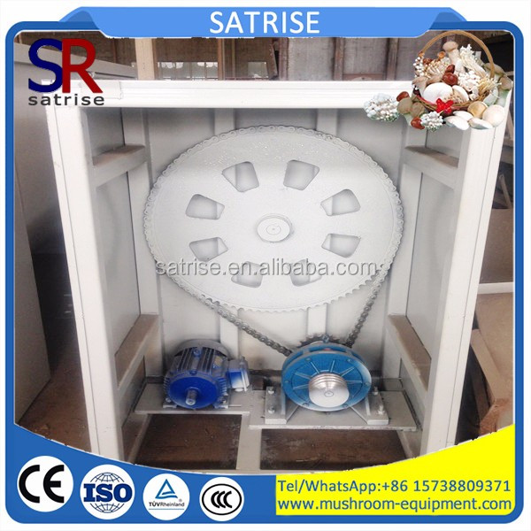 Vertical type automatic animal feed crushing and mixing machine grains crusher and mixer