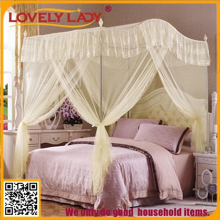 ronda cniconias colgando mosquitero de cama con dosel