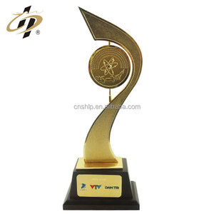 New design free sample brass revolve custom award trophy cup with gift box