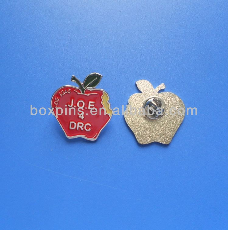 Red Apple leuke fruit vormige zachte emaille metalen badge revers pin
