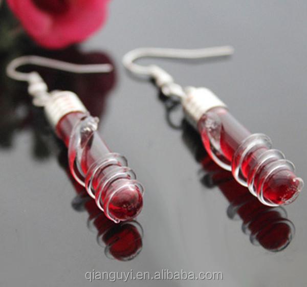 Halskette vorbereiten und Swarovksi Kristalle anordnen