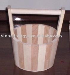 round wood bucket with handle