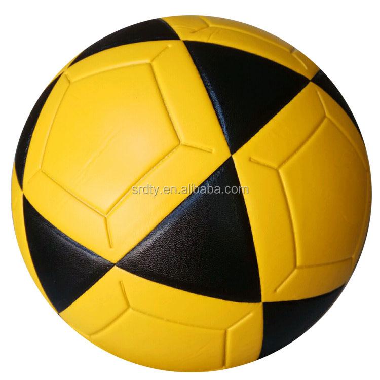 Venda quente 2018 personalizado logotipo Da Equipe Esporte bola de futebol  Tamanho Oficial Laminado de PVC 1eeb2f734abb0