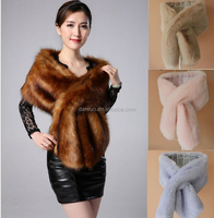2016 New Ladies White Faux Fur Shawl and Cape