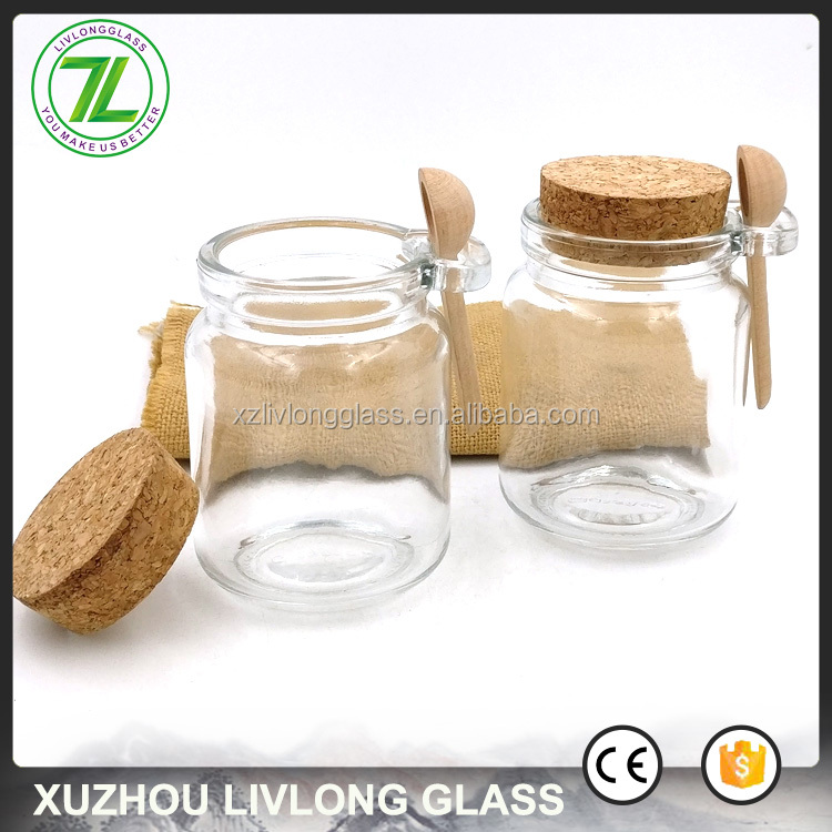 customize 250ml round glass jar 8oz glass honey bottle with cork lid and wooden spoon
