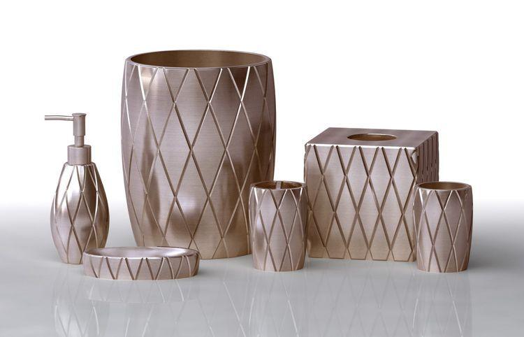 China wholesale klassieke moderne badkamer accessoires set for Moderne accessoires