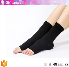 HJ21 High Quality OEM Service Custom Sports Compression Ankle Sleeve and compression fittings