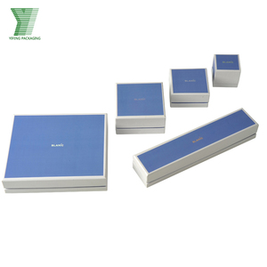 Manufacturing Wholesale Custom Velvet Jewellery Boxes Packaging