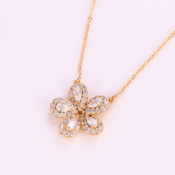 41881 Meaningful pendant jewelry 18k gold color flower shape necklace with artificial gemstone фото