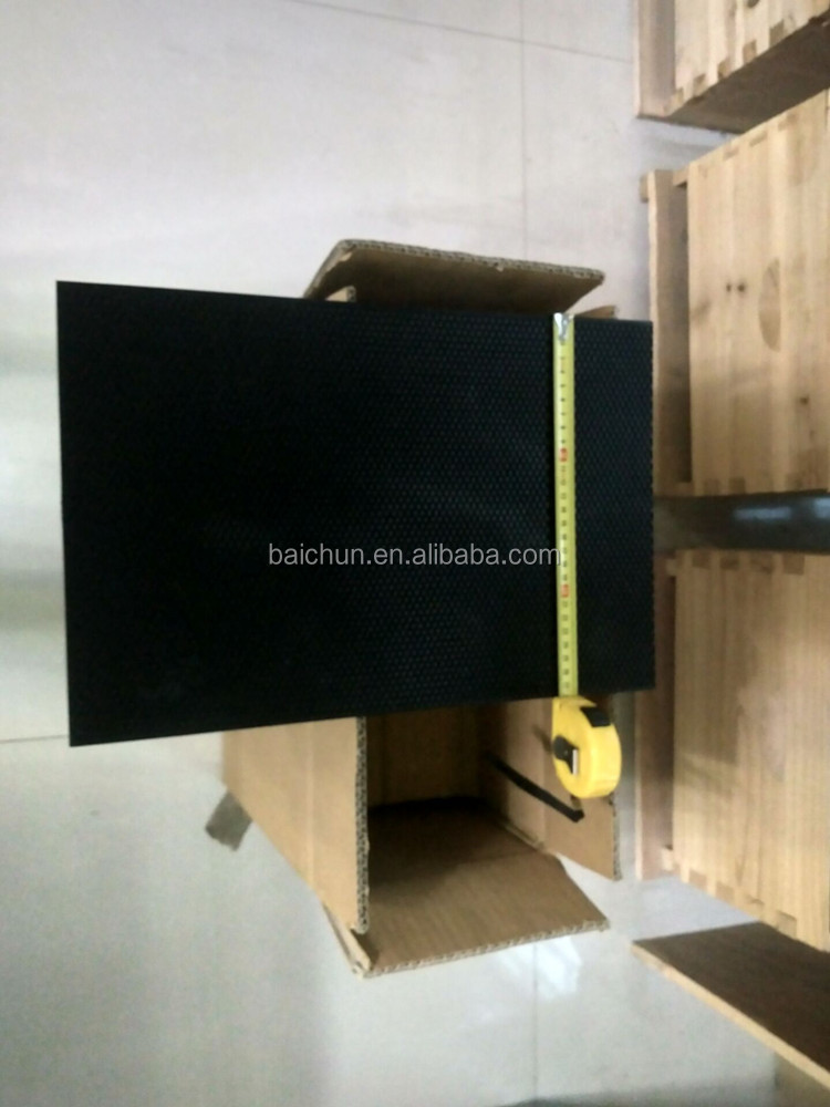 280mm width Plastic foundation sheets for dadant bee hive box