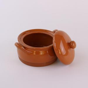 Customized unglazed ceramic soup pot, ceramic restaurant serving pot with decal for sales