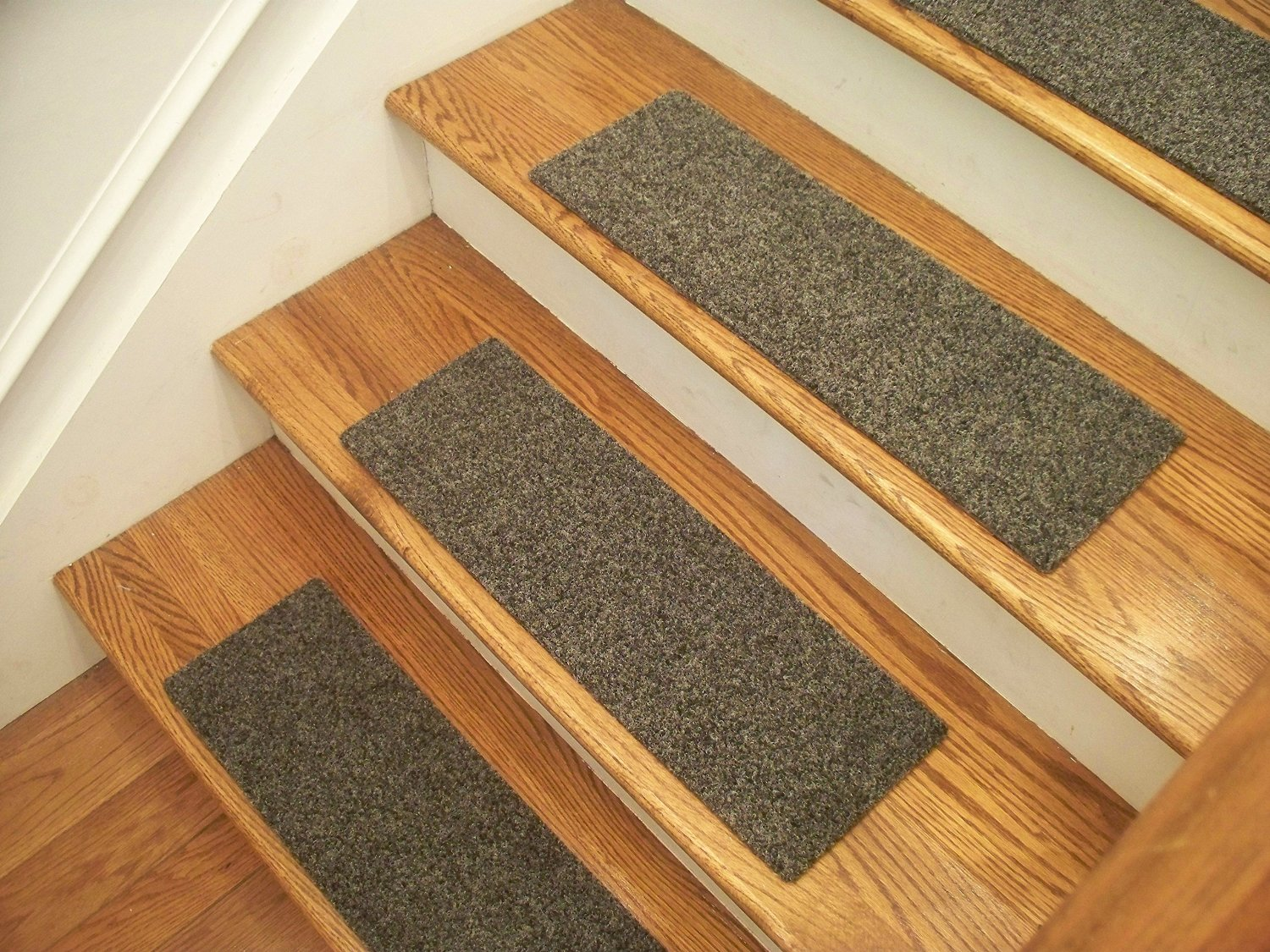 """Essential Carpet Stair Treads - Style: Brush - Color: Graphite Gray - Size: 24"""" x 8"""" - Set of 4"""