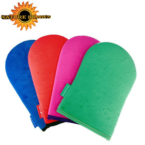 Applying Your Sunless Tan On body by Self Tanning Mitt Applicator