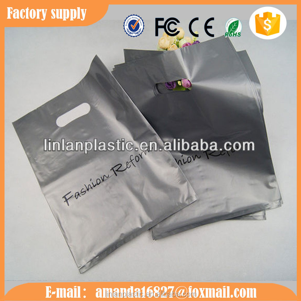 good quality PE plastic bags with handles for colthes and gift packaging