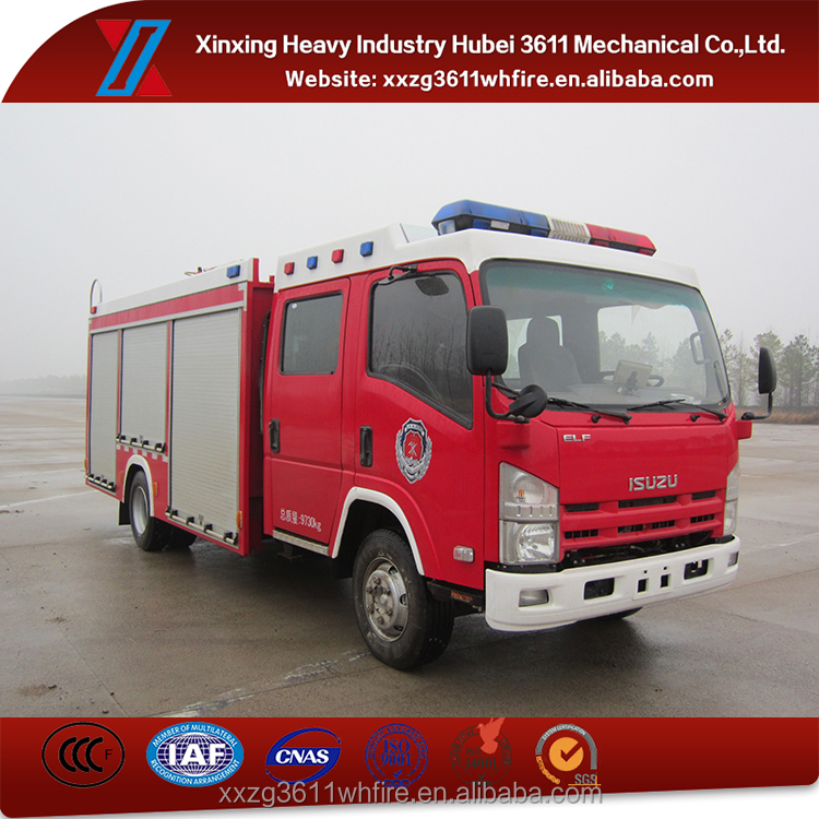 Hot Model Diesel 3.5t Mini Japan Brand Foam Tank Fire Truck