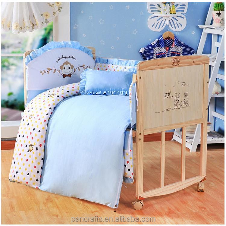 Useful safety wooden babay bed can become desk wooden crib for new born baby