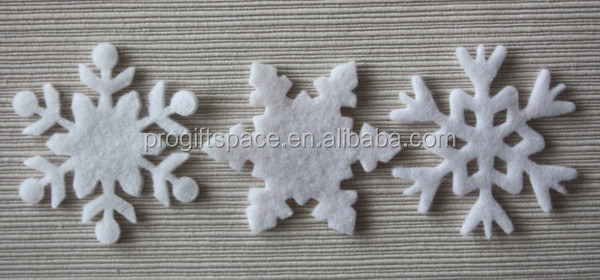 hot new products fabric ornaments hanging felt fabric snowflake product made in China on alibaba express for promotional item