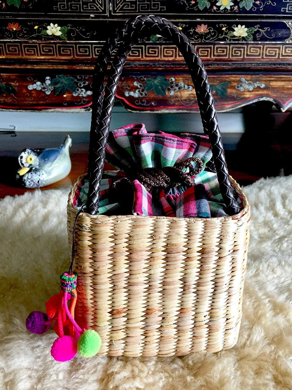 Pom Pom Bag Tassel,Handwoven Straw Bag,Mini Straw Tote Handbag,Mini Straw Bag,Straw Tote,Straw Basket Bag,Pom Pom Straw Bag,Straw Purse,Pom Pom Bag,Straw Beach Bag