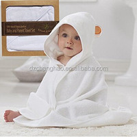 Extra Soft Baby Bamboo Hooded Towel | Organic and Hypoallergenic | Keeps Baby Dry and Warm | Sized for Infant and Toddler