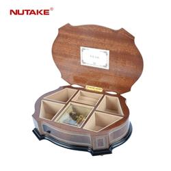 Musical presente de casamento pequena caixa de jóias de madeira